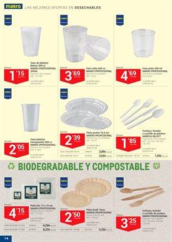 Ofertas de Platos de plástico  en el folleto de Makro en Barcelona