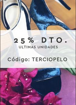 Ofertas de Ropa abrigo mujer  en el folleto de Custom&Chic en Puigcerda