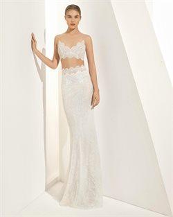 Ofertas de Vestidos de novia  en el folleto de Rosa Clará en Madrid