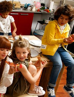 Ofertas de Chaqueta niño  en el folleto de Sfera en Madrid