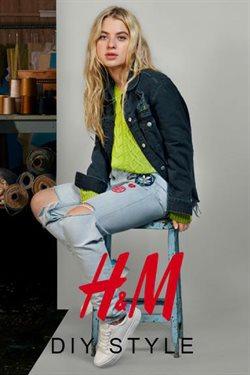 Ofertas de Ropa, zapatos y complementos  en el folleto de H&M en Pamplona