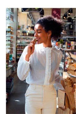 Ofertas de Camisa mujer  en el folleto de H&M en Madrid