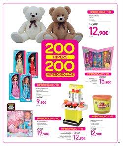 Ofertas de Muñecas Peppa Pig  en el folleto de Carrefour en Madrid
