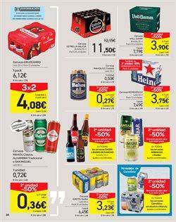 Ofertas de Estrella Galicia  en el folleto de Carrefour en El Puerto De Santa María