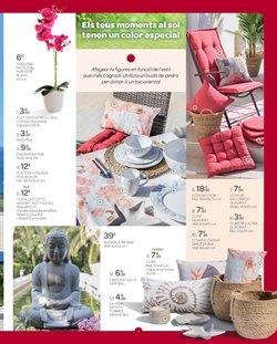 Ofertas de Figuras decorativas  en el folleto de Carrefour en Barcelona