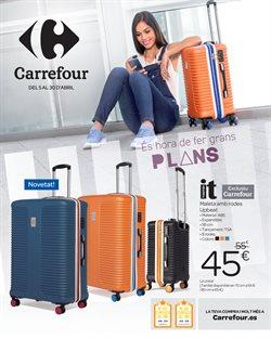 Ofertas de Ropa, zapatos y complementos  en el folleto de Carrefour en Santa Coloma de Gramenet