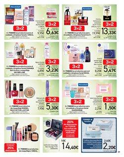 Ofertas de Nivea  en el folleto de Carrefour en Almería