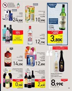 Ofertas de Vino crianza  en el folleto de Carrefour en Madrid
