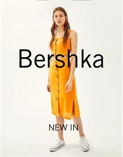 Ofertas de Faldas  en el folleto de Bershka en Pamplona