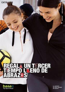 Ofertas de Ropa, zapatos y complementos  en el folleto de Base en Madrid