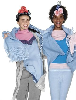 Ofertas de Ropa abrigo mujer  en el folleto de United Colors Of Benetton en Puigcerda
