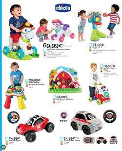 Ofertas de Césped artificial  en el folleto de ToysRus en Málaga