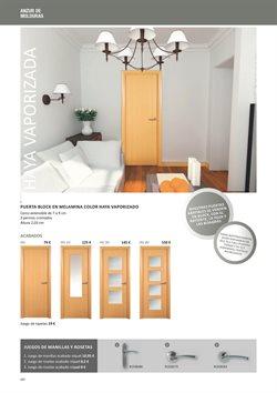 Ofertas de Puertas  en el folleto de Distriplac en Madrid