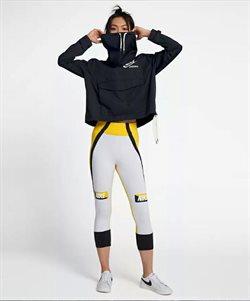 Ofertas de Leggins deportivos  en el folleto de Nike en Madrid