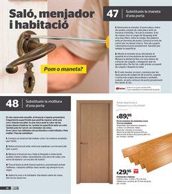 Ofertas de Puertas, ventanas y persianas  en el folleto de AKI en Palamos