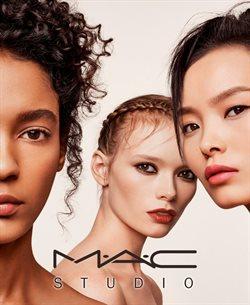 Ofertas de Perfumerías y belleza  en el folleto de Mac Cosmetics en Paterna
