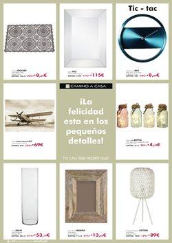 Ofertas de Figuras decorativas  en el folleto de Camino a casa en Madrid