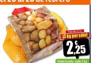 Oferta de Patatas lavadas malla 3kg por 2.25€