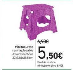 Oferta de Mini taburete resina plegable por 5.5€