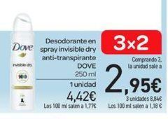 Oferta de Desodorante en spray invisible dry anti-transpirante Dove por 4.42€