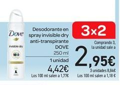 Oferta de Desodorante en spray invisible dry anti-transpirante Dove por 4.42€