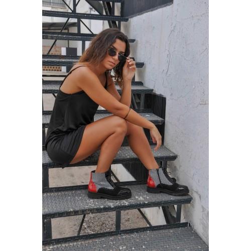 Oferta de Botas oxford de piel estilo elegante - Fabricado en España por 77€