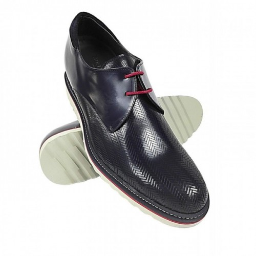 Oferta de Zapatos de vestir para hombre con alzas de 7 cm fabricados en España por 135.2€