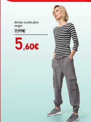 Oferta de Jersey cuello pico por 5,6€