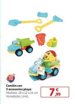 Oferta de Camión con 5 accesorios playa por 7,99€