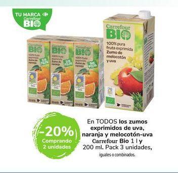 Oferta de En TODOS los zumos exprimidos de uva, naranja y melocotón-uva Carrefour Bio 1 l y 200 ml por
