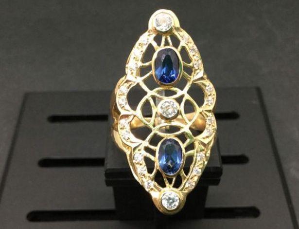 Oferta de Anillo oro primera ley (oro 18k con piedra) por 377,95€