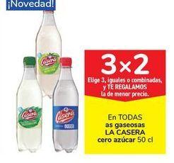 Oferta de En TODAS las gaseosas LA CASERA Cero azúcar  por