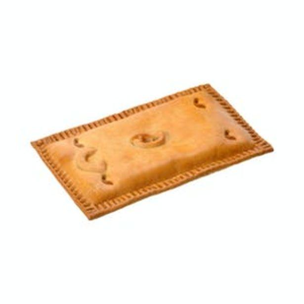 Oferta de Empanada rellena de pollo y setas con crema de queso por 3,5€