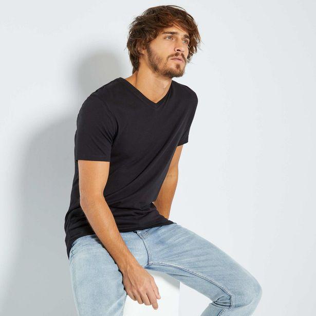 Oferta de Camiseta de algodón con cuello de pico por 3€