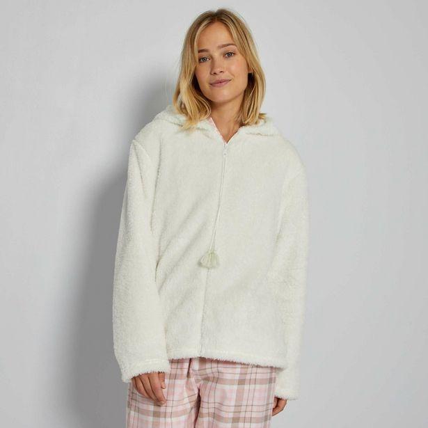 Oferta de Bata tipo chaqueta con capucha por 20€