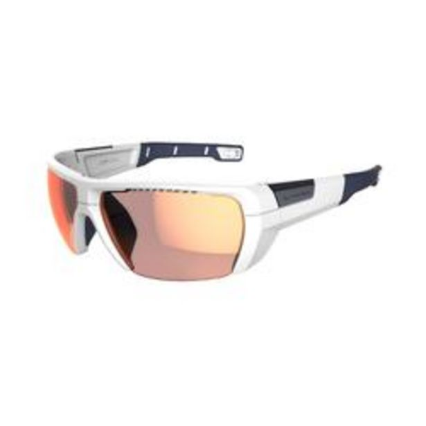 Oferta de Gafas De Sol De Montaña MH590 Fotocromáticas Categoría 2 A 4 Adulto Blanco por 29,99€