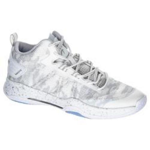 Oferta de Zapatillas Baloncesto Tarmak SC500 Mid Adulto Blanco por 19,99€