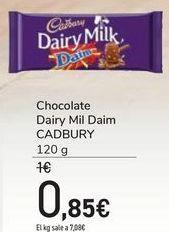 Oferta de Chocolate Dairy Mil Daim CADBURY por 0,85€