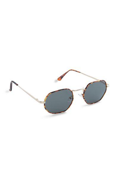 Oferta de Gafas de sol cuadradas con montura marrón efecto carey por 6€
