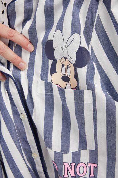 Oferta de Camisa de corte boyfriend a rayas blancas y azules con estampado de Minnie Mouse por 14€
