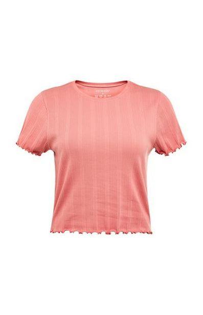 Oferta de Camiseta acanalada de color coral con bordes ondulados por 3,5€