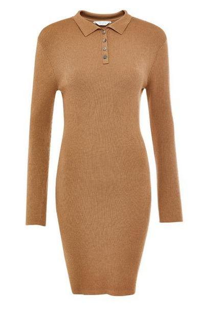 Oferta de Vestido marrón tostado de cuello vuelto por 19€