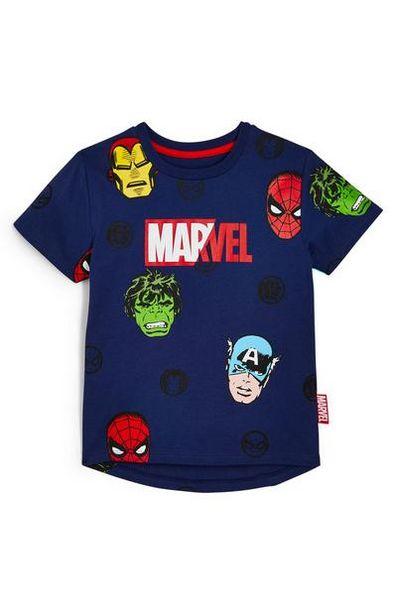 Oferta de Camiseta azul marino con personajes de Marvel para niño pequeño por 7€