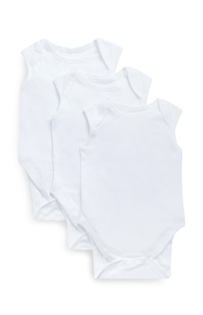 Oferta de Pack de tres bodies blancos sin mangas por 4,5€