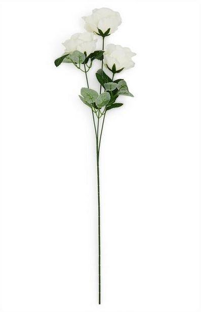 Oferta de Rosas artificiales de color blanco de un solo tallo por 2€
