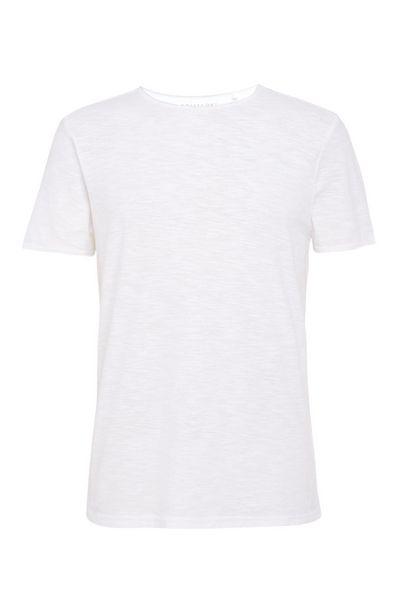 Oferta de Camiseta blanca con cuello barco por 6€