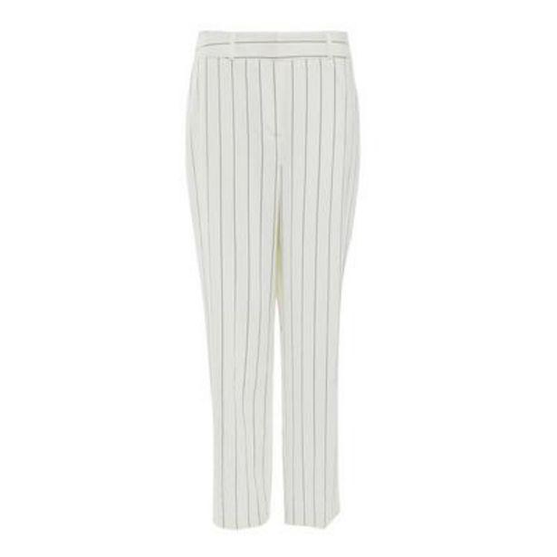 Oferta de Pantalón de traje entallado blanco con raya diplomática por 19€