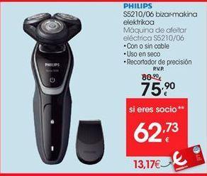 Oferta de Afeitadora Philips por 75,9€