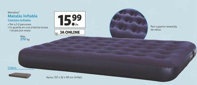 Oferta de Colchón inflable Meradiso por 15,99€