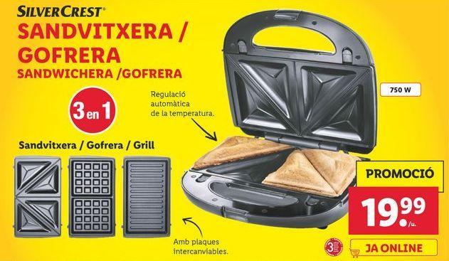 Oferta de Sandwichera / Gofrera SilverCrest por 19,99€